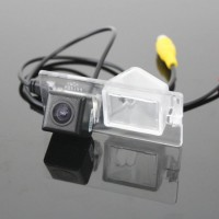 Камера заднего вида iDial CCD-202 Fiat 500L, Fiat Nuovo Doblo, Fiat Doblo